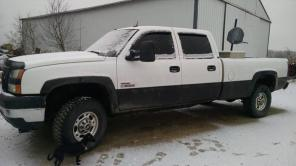 2005 3500 chevy silverado sell or trade